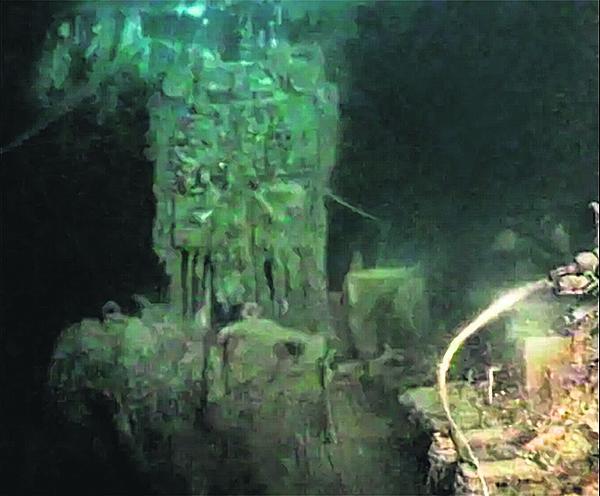 Takhle pod vodou.