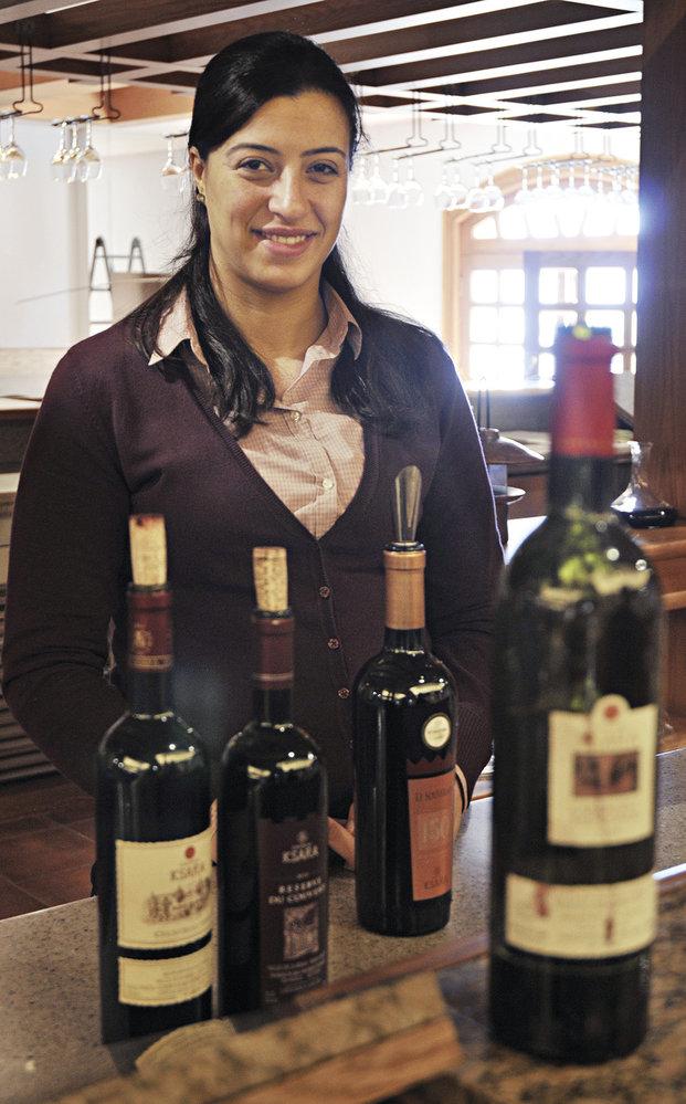 Degustace archivních vín v Chateau Ksara u města Zahle