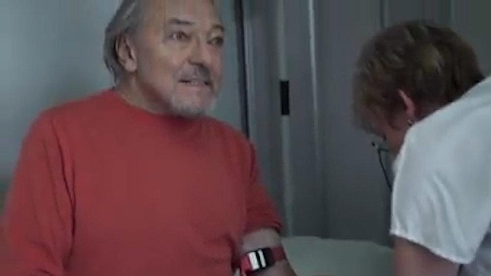Záběry z filmu Karel