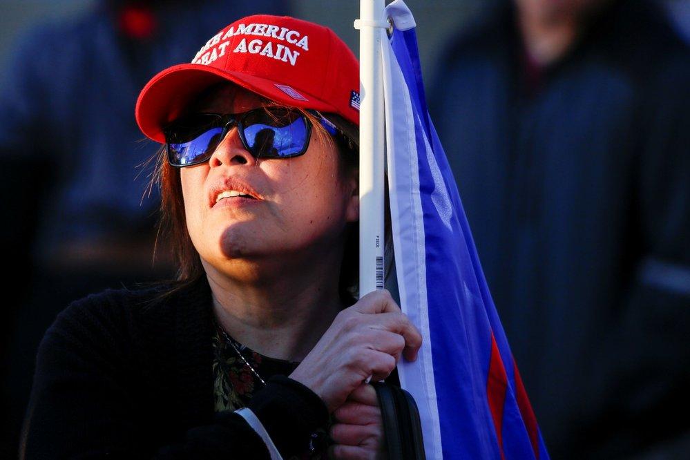 Demonstrace na podporu Donalda Trumpa v Arizoně (9. 11. 2020)