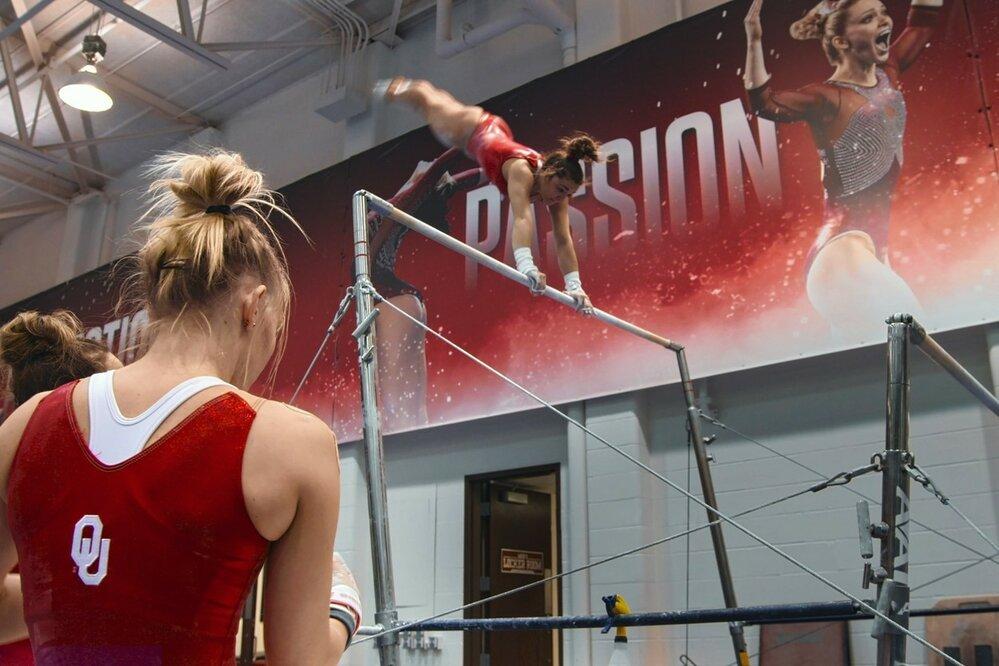 Mladá gymnastka Maggie Nichols odhalila jeden z největších skandálů v USA.