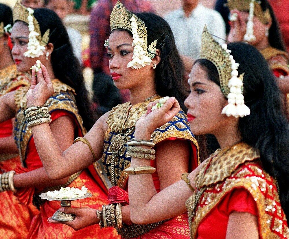 Naučit se tradiční tanec není nic jednoduchého