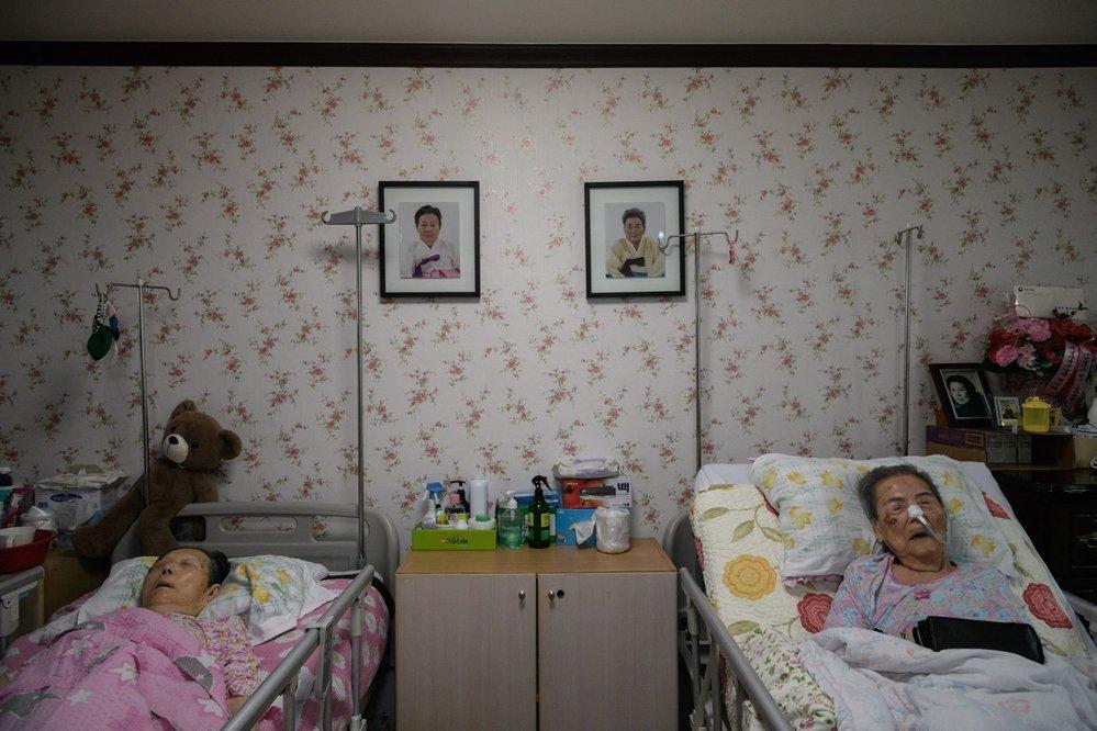 Japonci z domovů odtáhli podle některých odhadů až 400 tisíc žen