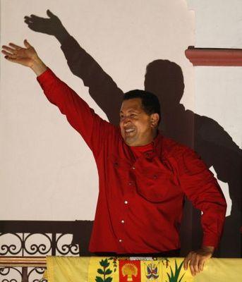 Hugo Chávez slaví.