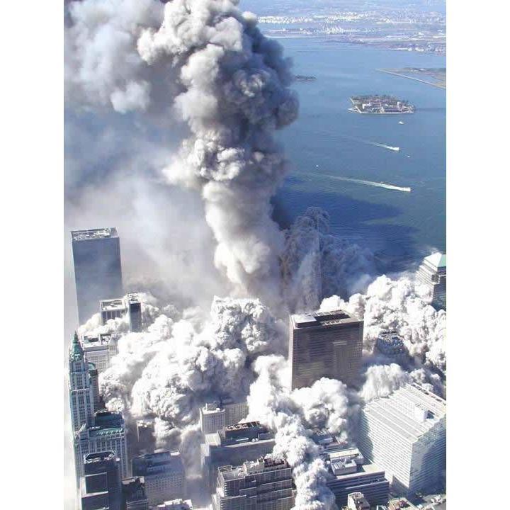 Takhle to vypadalo při teroristickém útoku na newyorské mrakodrapy 11. září 2001…