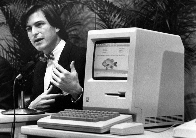 Steve Jobs s Macintoshem