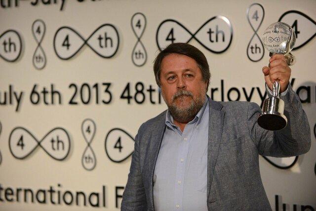 Vitaly Mansky v Karlových Varech získal v roce 2013 se snímkem Roura cenu za nejlepší dokumentární film nad 30 minut. Letos přijede s dokumentem Putinovi svědci