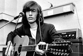 Zemřel Robin Gibb z Bee Gees. Připomeňte si největší hity