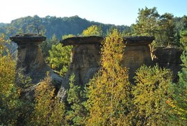 Když vás pohltí Kokořínské údolí. Projeďte se náročným terénem okolo Housky, Žáby a Pokliček