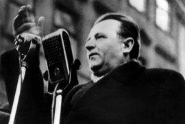 Benešovy bianco šeky komunistům a rudí hoši, kteří drží své slovo, že oponentům zakroutí krkem