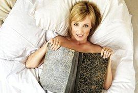 Podívejte: Petra Paroubková se fotí v posteli a podporuje profesuru Martina C. Putny
