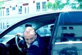 OPILÝ MOCÍ s Lukášem Pavláskem - Díl třetí: Řídím... To bude jízda!