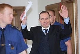 Jsem zase volný, raduje se Petr Kott. Soud v roce 2013 pro Kottovi dopadl dobře.