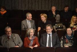 Karel Schwarzenberg, Táňa Fischerová, Jiří Dienstbier a Vladimír Franz: Neúspěšní prezidentští kandidáti na projekci filmu Kandidát (foto z roku 2014).