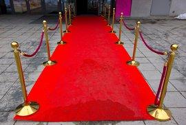 Z řeckých pověstí až do Hollywoodu: Historie legendárního červeného koberce