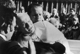 Milost pro vraha. Stála za atentátem na papeže Jana Pavla II. mocná KGB?
