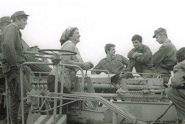 Vojna za totáče: Naše vojsko na bramborové brigádě (1975)