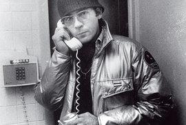 Haló, redakce  Rolling Stone? Diktuji...