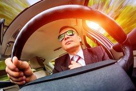 Slepí vrazi: 71 procent řidičů u nás kvůli špatnému zraku jezdí jako pod vlivem alkoholu nebo drog