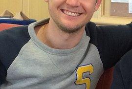 Greig Friday zemřel při leteckém neštěstí se svou matkou.