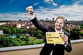 Jedlička z Liberlandu: Klaus nás do EU zatáhnout nemusel, eurodotace nám způsobily…
