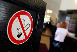 Poslanci projednají zákon o zákazu kouření v restauracích