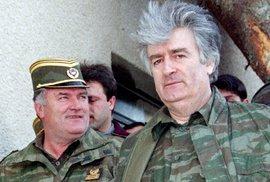 Mladić (vlevo) a Karadžič.