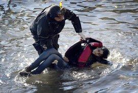 Německo: Život jednoho utopeného migranta vykoupí 4 měsíce ve vězení