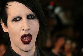 Marilyn Manson ve zpovědnici: Praha je krásné město s výtečným absintem. Umění musí…