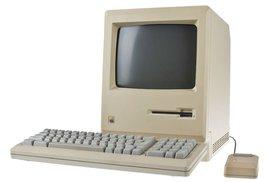 Když počítačům vládne design. V historické Praze otevírá muzeum strojů Apple