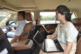 Soudruzi z Čínské lidové republiky vyvinuli automobil, který řídíte myšlenkami. Akorát nezatáčí