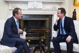 Neustupujeme Britům, společně jdeme kupředu. Tusk odpovídá Cameronovi diplomaticky, a přece realisticky