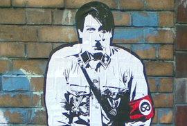 Streetartová variace na Hitlera