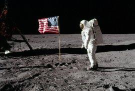 """""""Malý krok pro člověka, ale velký skok pro lidstvo."""" Před 50 lety poprvé vkročil člověk na povrch Měsíce"""