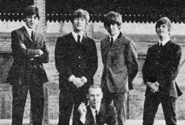 Pátý brouk prosadil přijetí do kapely Ringo Starra.