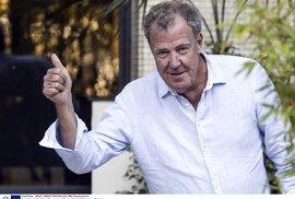 Tlučhuba Clarkson z Top Gearu zase štve intelektuály. Nyní proto, že se s nimi shodne na setrvání v EU