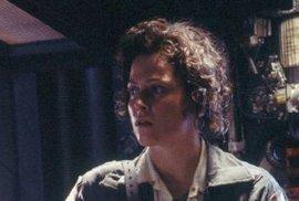Sigourney Weaverová jako drsňačka Ripleyová.