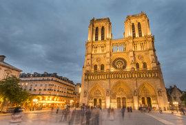 Katedrála Notre-Dame a její historie: Chrámu Matky Boží v Paříži hrozilo zničení už…