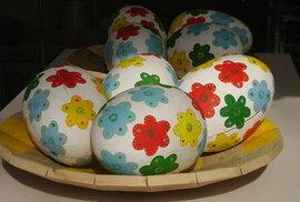 Jak se barví v cizině: velikonoční vejce dvacetkrát jinak