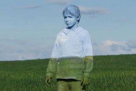 Nechat vás zmizet nebo transformavat v cosi úplně jiného, dokáže technikou body paintingu italský umělec Johannes Stötter