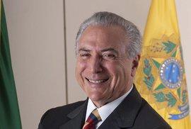 Pokud bude Rousseffová odvolána, dočasně ji nahradí viceprezident Michel Temer