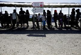 Šest nových grafů o uprchlících v Evropě. Kde získávají azyl nejčastěji?