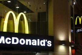 """Je libo McCestovní pas? Rakouské McDonaldy jsou """"miniambasádami"""" pro americké turisty"""
