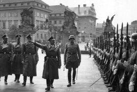 Himmler na Hradě.