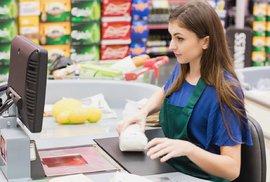 Pracovat donekonečna za nízký plat může jen hlupák. Firmy byly lakomé jako řezník Krkovička a teď se diví