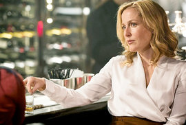 Agentka Scullyová jako Železná lady: Herečka Andersonová ztvární v seriálu britskou expremiérku Thatcherovou