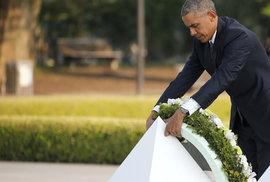 """Americký prezident poprvé navštívil Hirošimu. """"Dětinský kalkul"""", zní z Koreje"""