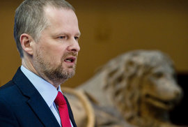 Podle předsedy ODS Petra Fialy Václav Klaus ve všech svých funkcích otevíral nová témata, dokázal se kriticky stavět proti většinovému názoru.