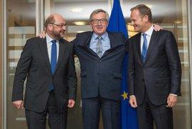 Eurovůdci: předsedové Parlamentu, Komise a Evropské rady Martin Schulz, Jean-Claude Juncker a Donald Tusk.