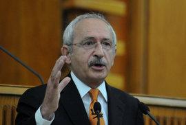 Šéf turecké opozice Kiliçdaroglu urazil prezidenta Erdogana, musí zaplatit pokutu